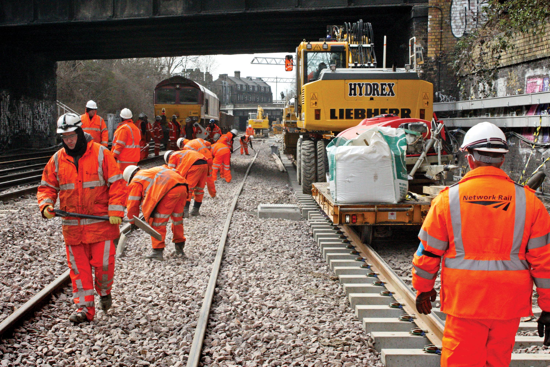 Railroad Track Maintenance Training : Network rail advanced apprentice opportunities chronicle
